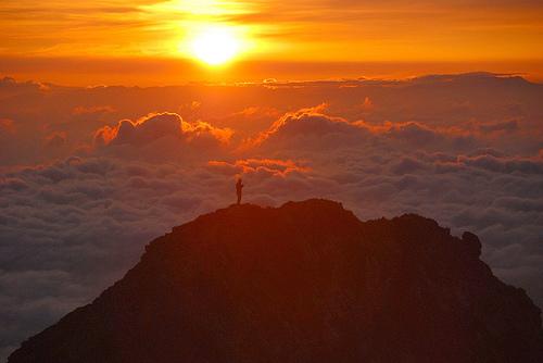 http://yogametaphysics.files.wordpress.com/2012/01/rising-sun-goryu-dake-peak.jpg